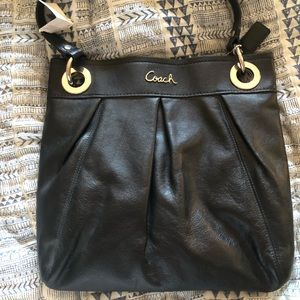 Coach Ashley leather hippie NWT